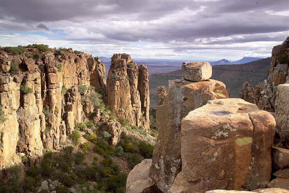 valley of desolation graaff reinet